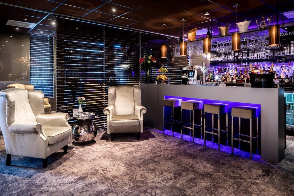 Luxury Suites Amsterdam – bar