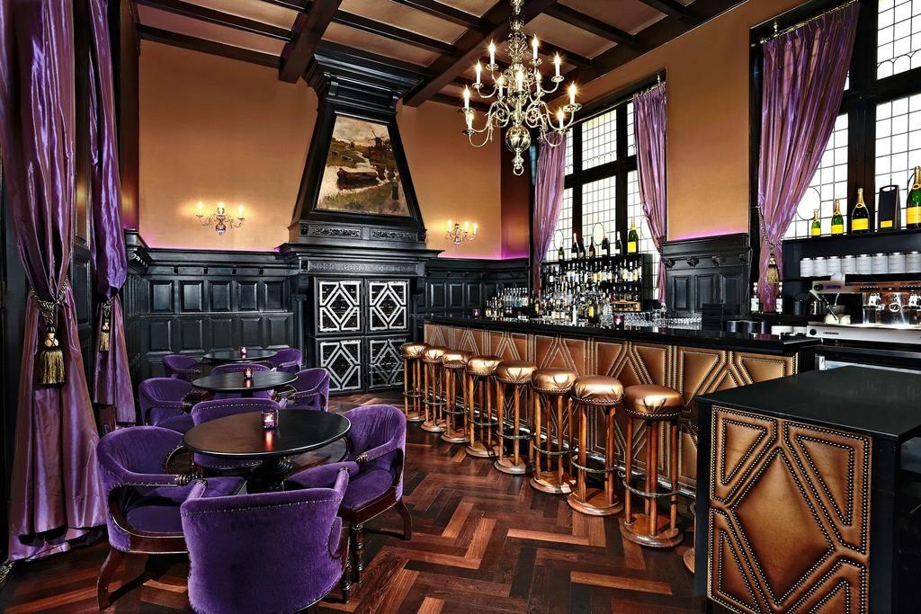 Hotel Des Indes – Bar
