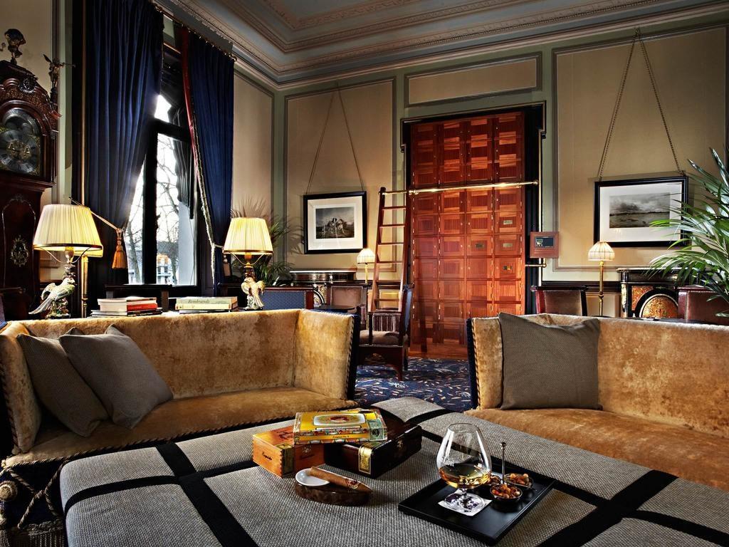 Hotel Des Indes – Lounge