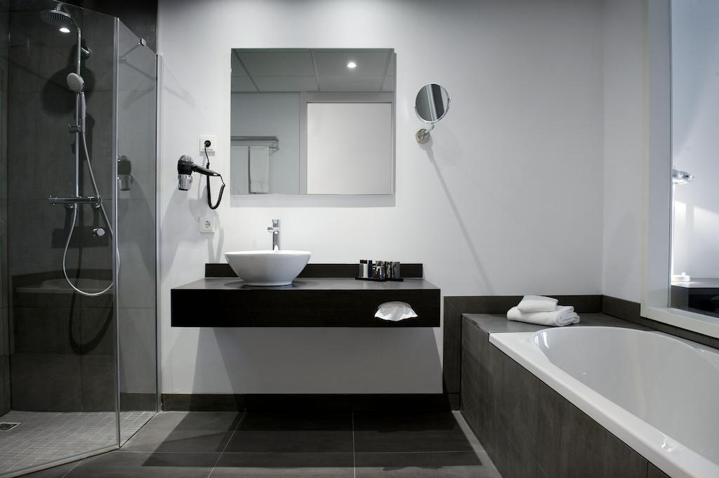 Inntel Hotels Amsterdam Zaandam – Badkamer