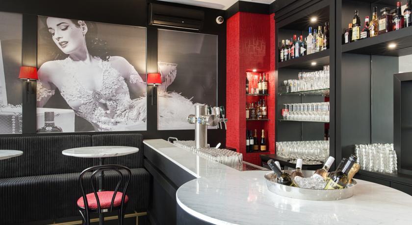 Le Theatre Hotel – Bar