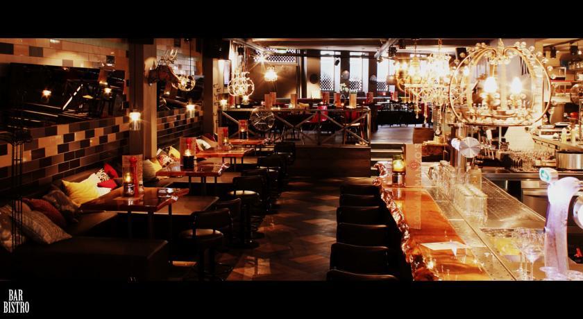 Manzo's Suites – Restaurant