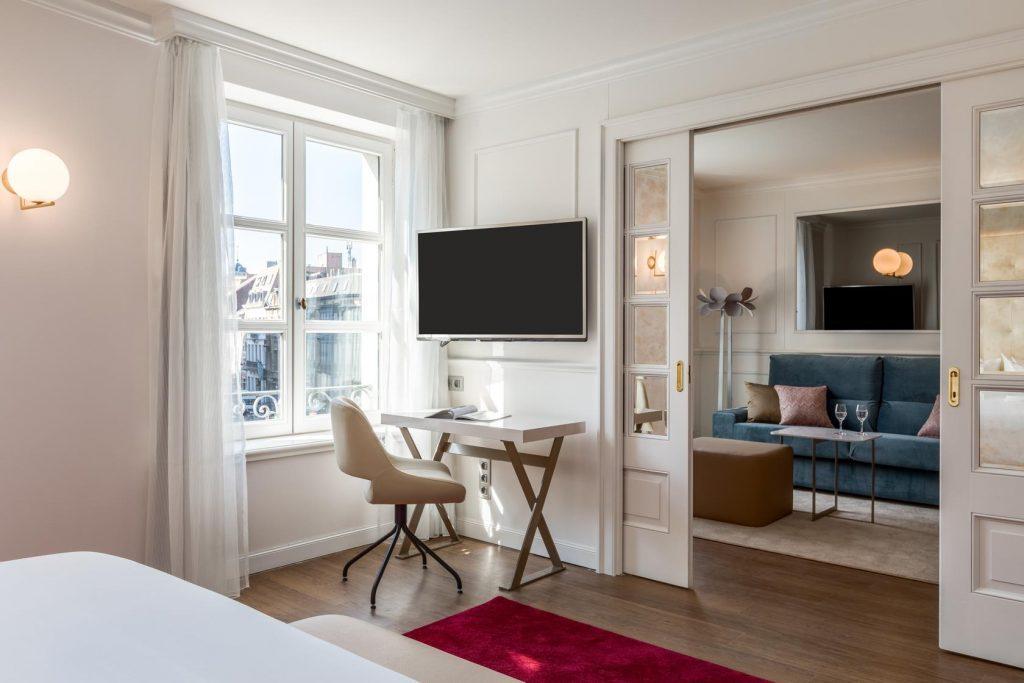 NH Collection Brussels Grand Sablon – Junior Suite