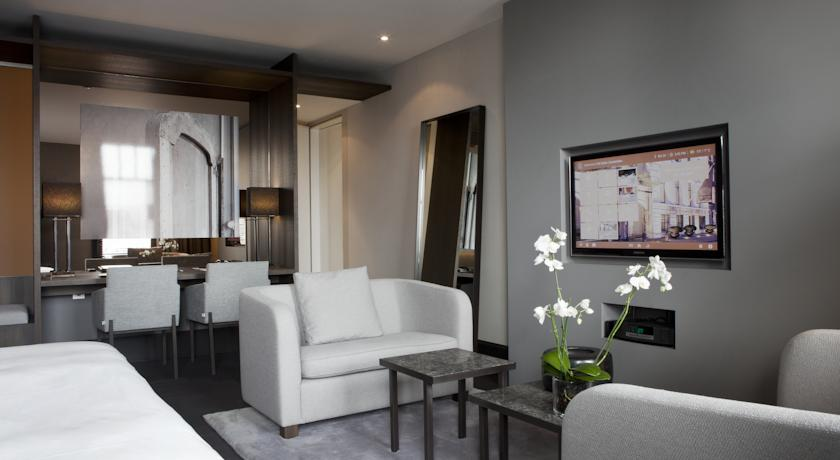 The Dylan Amsterdam – Junior Suite