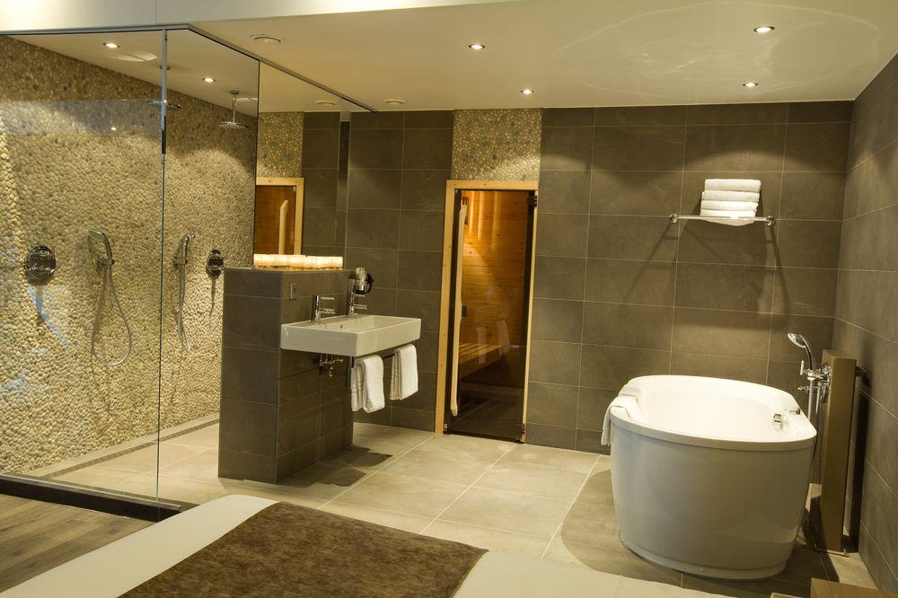 Van der Valk Hotel Breukelen – Badkamer Sauna Suite