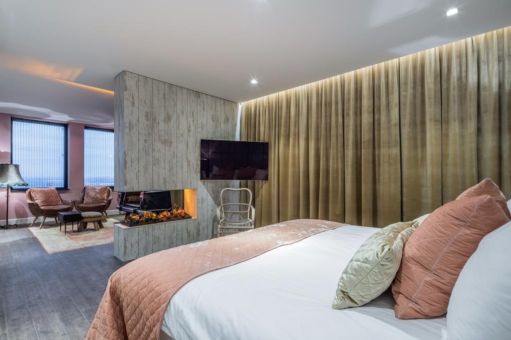 Van der Valk Hotel Utrecht – Havana Suite