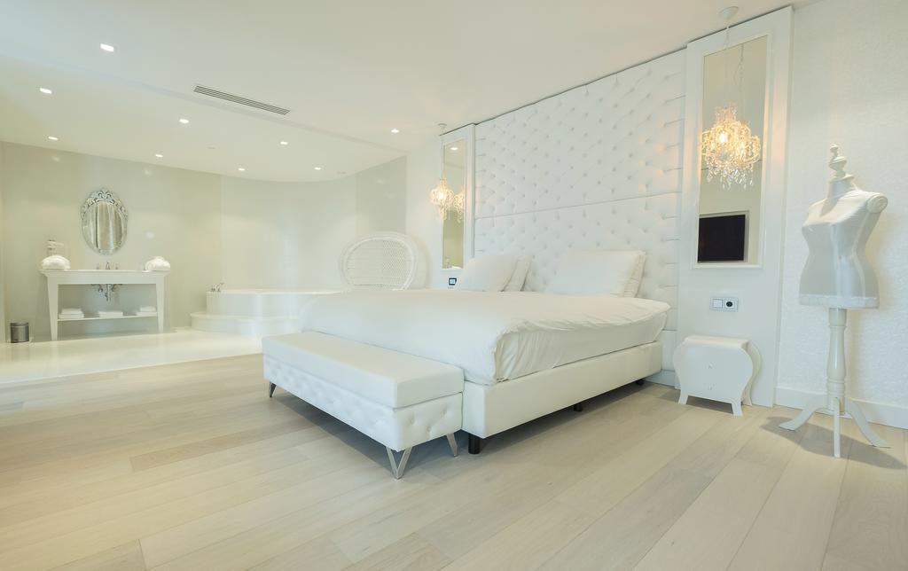 Van der Valk Hotel Utrecht – Wenen Suite