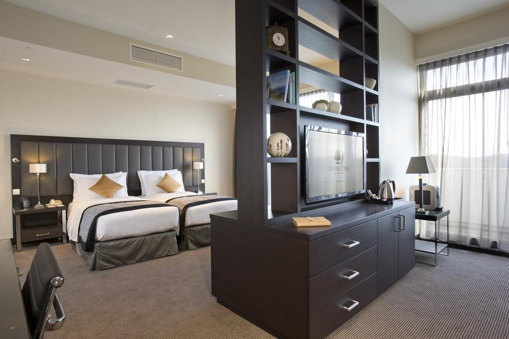DoubleTree by Hilton Luxembourg – Deluxe Suite