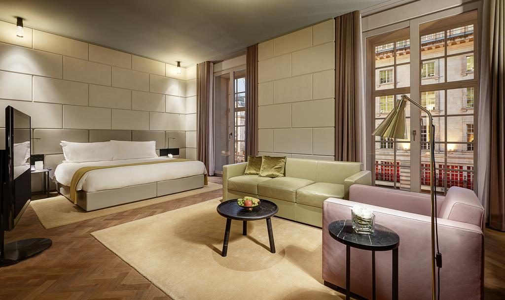 Hotel Café Royal – Grand Junior Suite