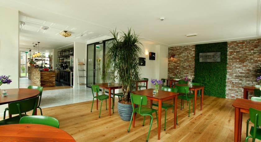 La Paulowna Boutique Hotel – Restaurant