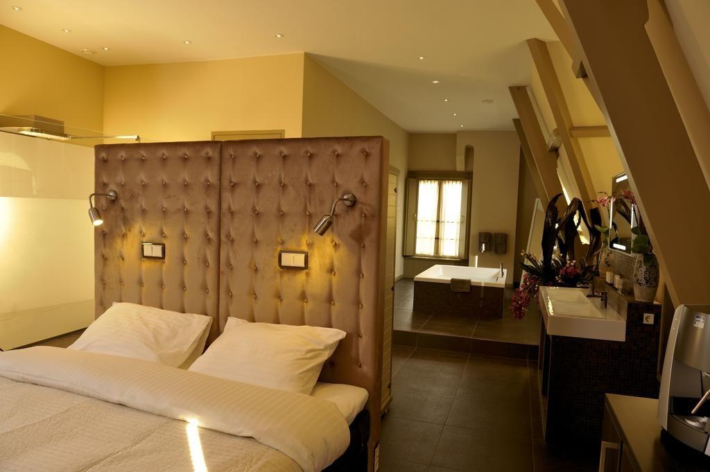 Brasss Hotel Suites – Suite