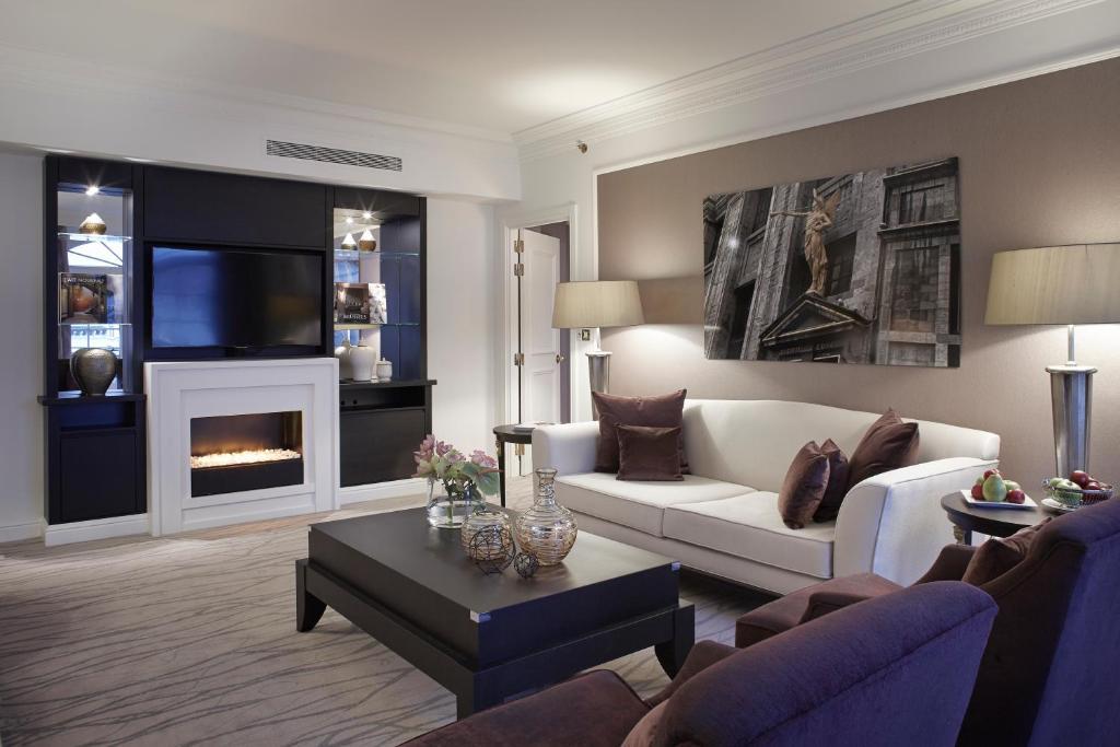 Steigenberger Wiltcher's - Suite woonkamer