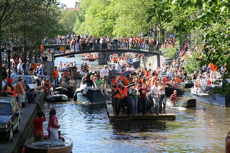 Weekendje weg in de Meivakantie met Koningsdag - Boekluxesuites