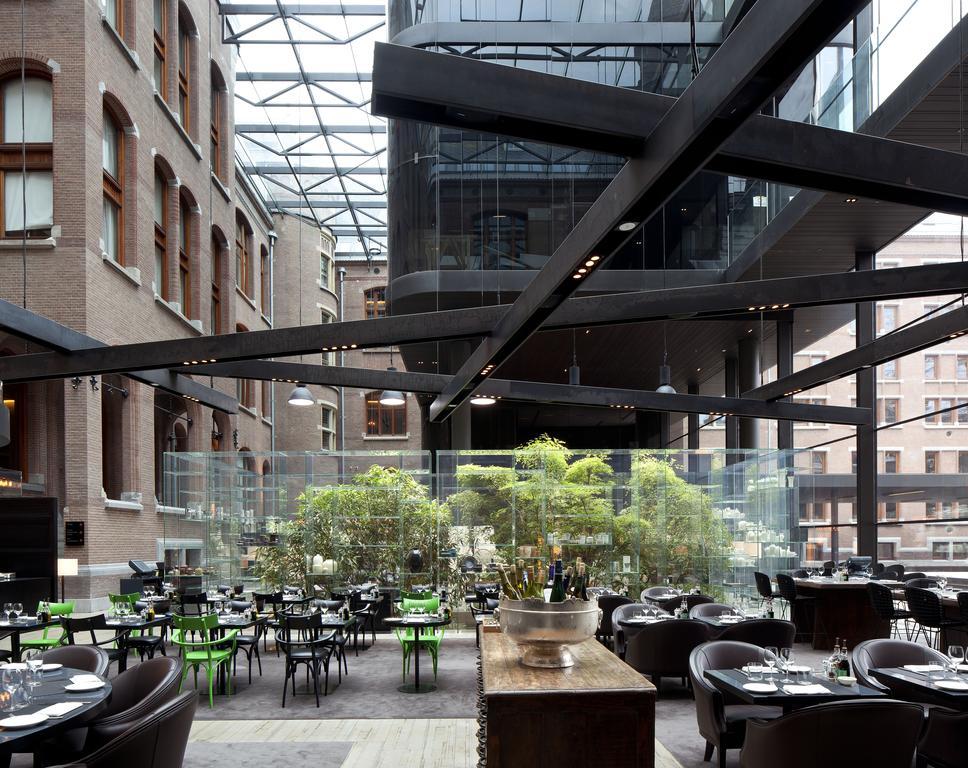 Conservatorium Hotel – terras