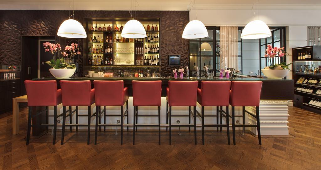 Hotel Dux – bar