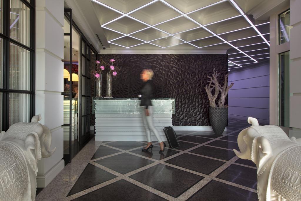 Hotel Dux – receptie