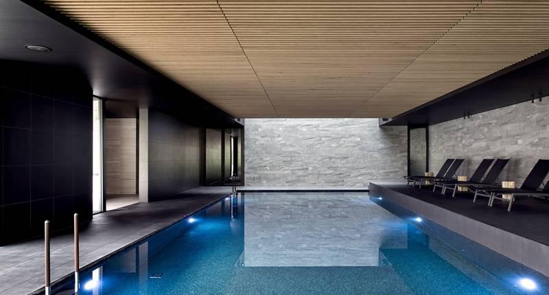 Domaine La Butte aux Bois – binnenzwembad
