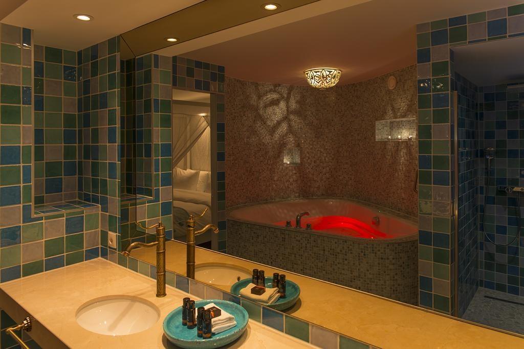 Hotel De Reehorst – Suite Ibiza