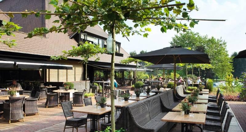 Van der Valk Hotel Apeldoorn – de Cantharel – terras
