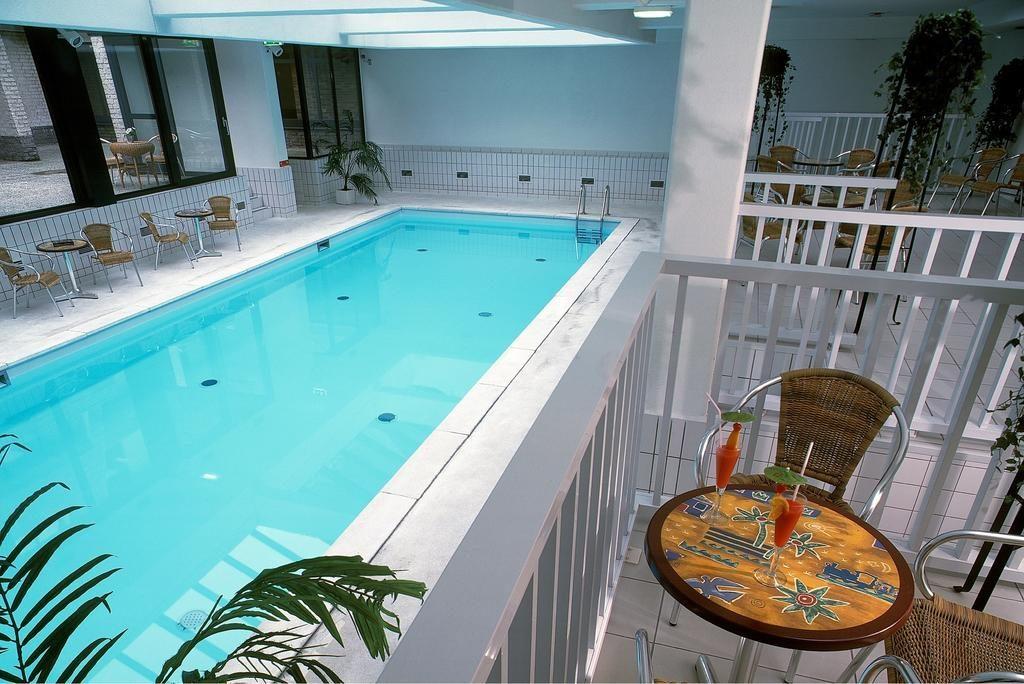 Van der Valk Hotel De Bilt–Utrecht – binnenzwembad
