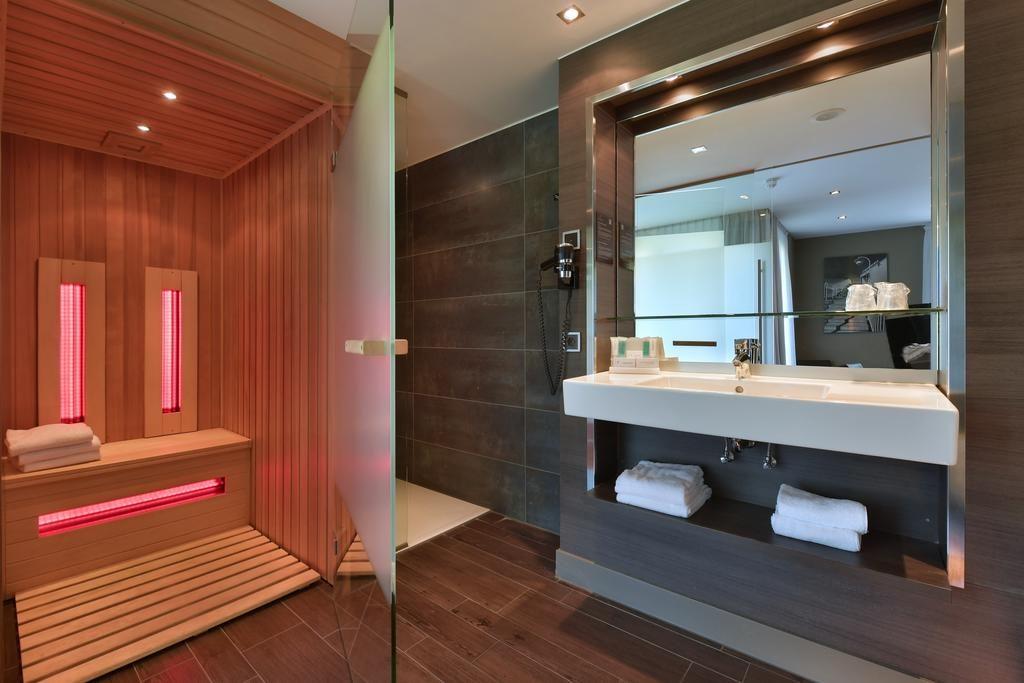 Van der Valk Hotel Gilze-Tilburg – Superior Suite met jacuzzi en infraroodcabine