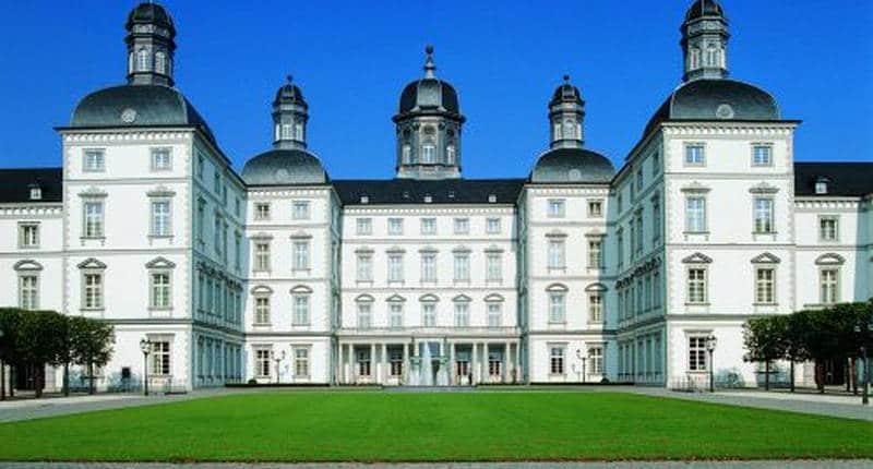 Althoff Grandhotel Schloss Bensberg – buitenkant hotel