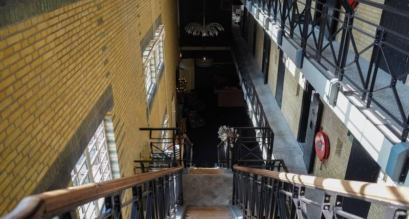 Hotel Huis van Bewaring – hal