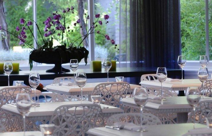 Hotel Manna Suites – restaurant