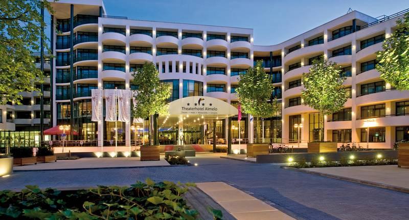 Van der Valk Theaterhotel Almelo – buitenkant hotel
