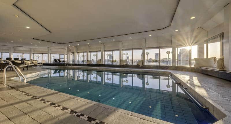 Hotel Nikko Düsseldorf – binnenzwembad