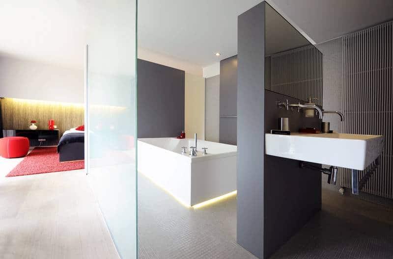Van der Valk Hotel Beveren – Avantgarde Superior Suite