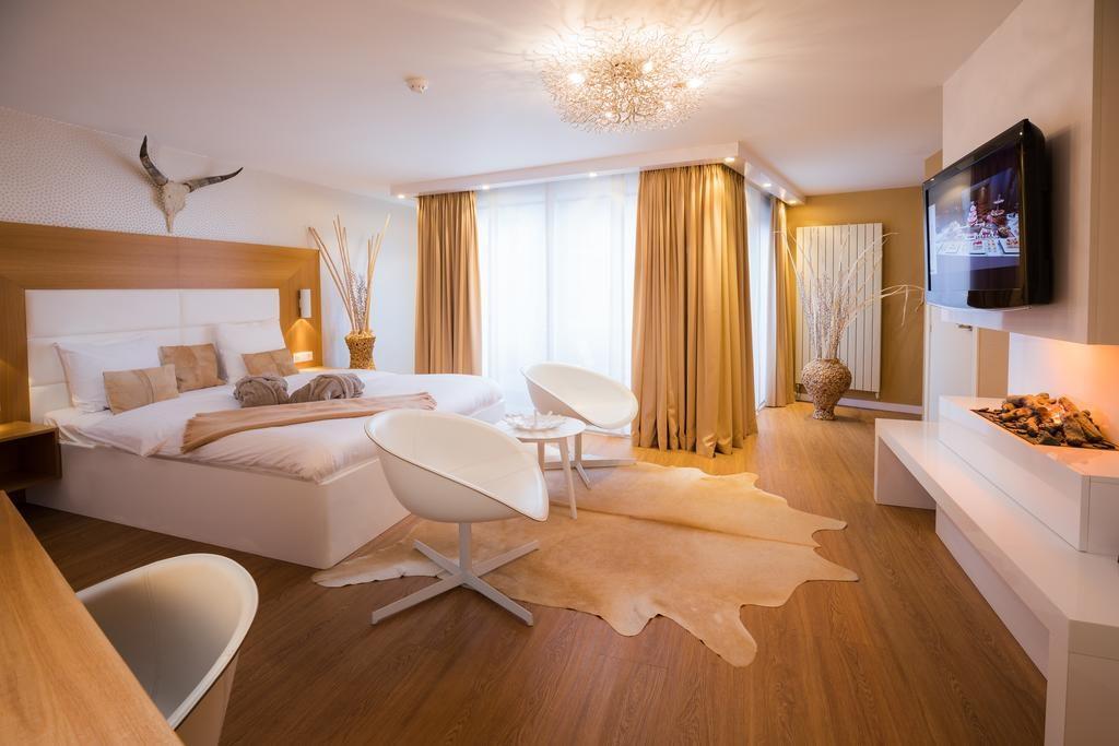 Van der Valk Hotel Beveren – VIP Suite