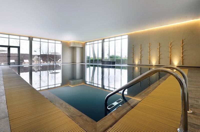 Van der Valk Hotel Beveren – binnenzwembad