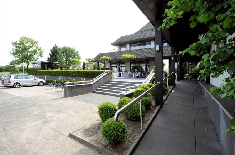 Van der Valk Hotel Nuland – 's-Hertogenbosch – buitenkant hotel