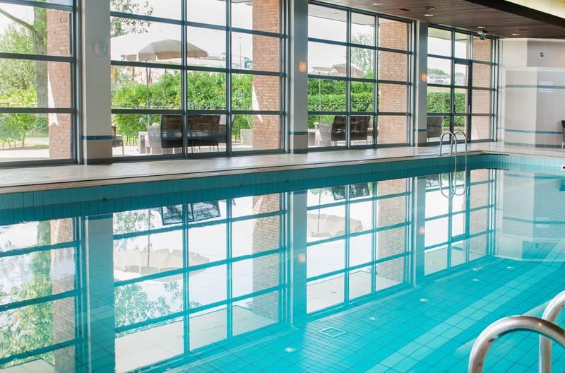 Van der Valk Hotel Eindhoven – binnenzwembad