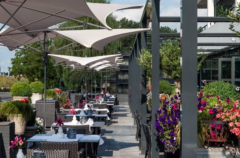 Van der Valk Hotel Eindhoven – terras