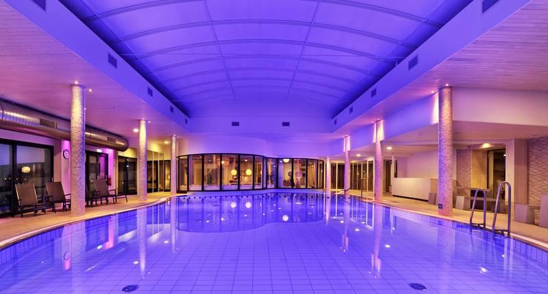 Van der Valk Hotel Tiel – zwembad